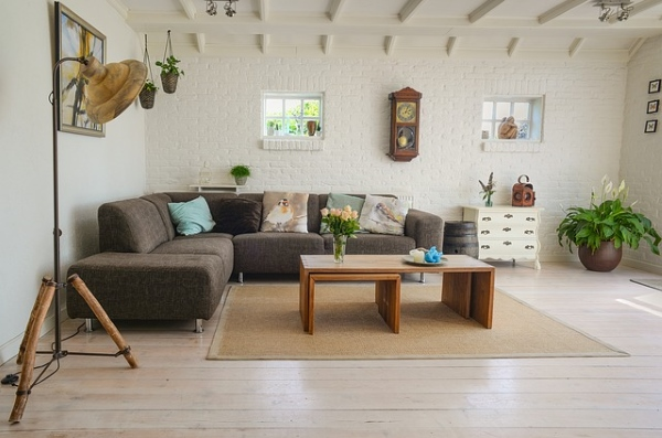 7 Easy maintenance tips after a professionally upholstery cleaning